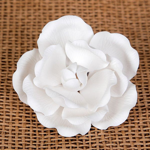Medium Full Bloom Roses - White