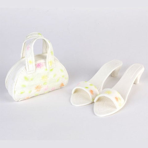 Fondant Shoes & Purse cake topper perfect for cake decorating fondant cakes and princess cakes.  Readymade edible cake topper.