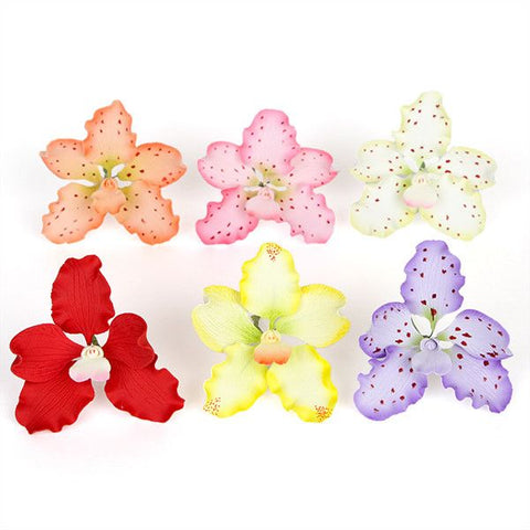 Spotted Vanda Orchids Gumpaste Sugarflowers perfect as a cake topper for cake decorating fondant cakes.  Wholesale Sugarflowers and cake supply. Caljava