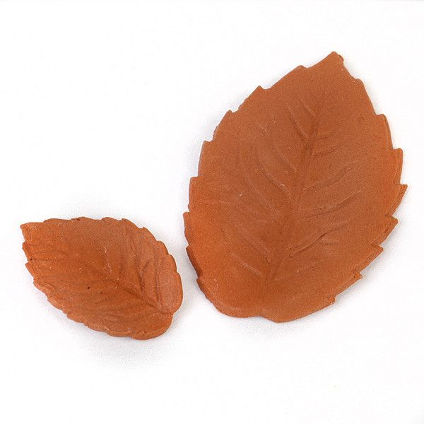 Single Rose Leaves - Light Chocolate