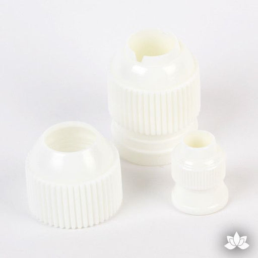 Plastic Coupler for interchanging piping tips on your piping bag. Great for cake decorating with buttercream or whipped cream. Caljava