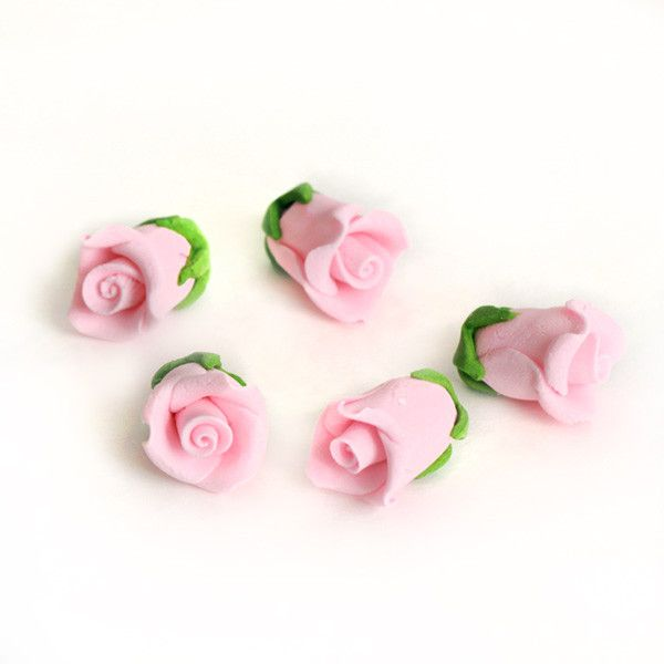 Edible Gumpaste Pink Tiny Roses No Wire sugar flower cake toppers and cake decorations perfect for cake decorating rolled fondant wedding cakes, cupcakes and birthday cakes and cupcakes.  Edible Cake Decoration and wholesale cake supplies.