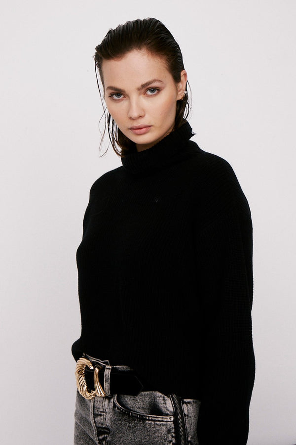 Brandy Turtleneck Pullover