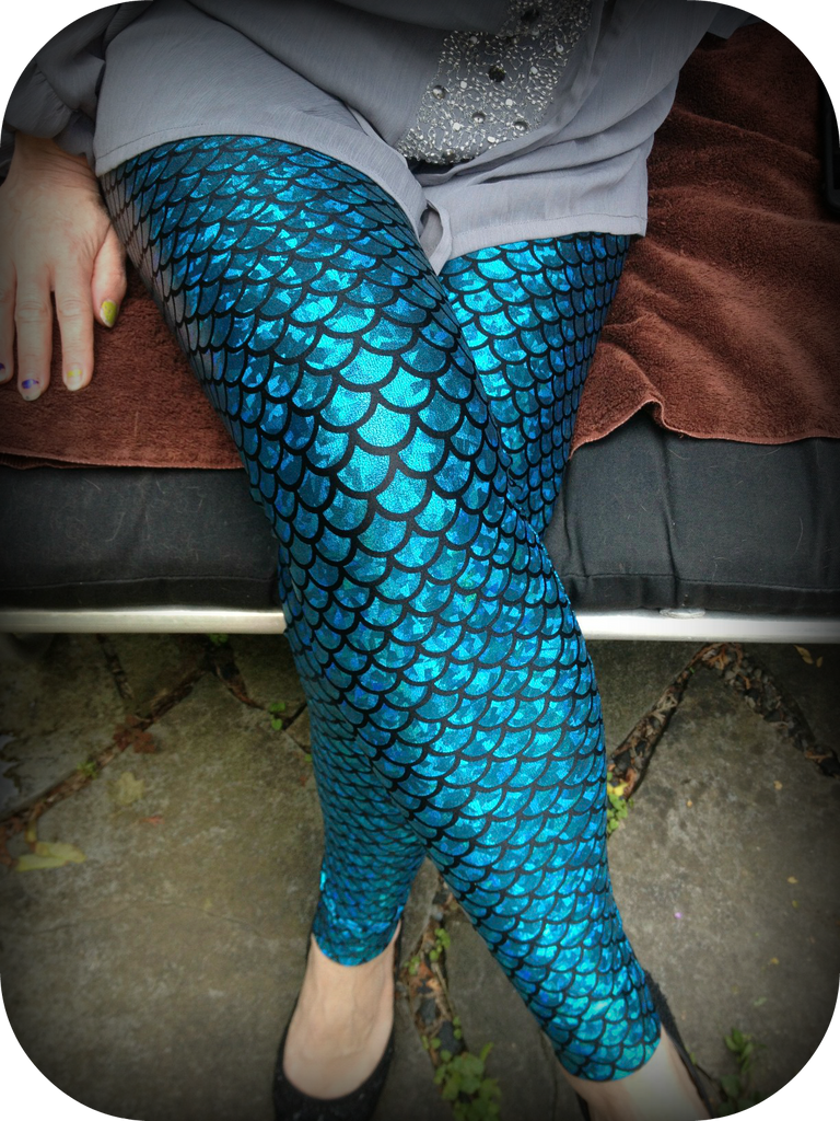Mermaid Sparkle Blue Adult (medium scale)