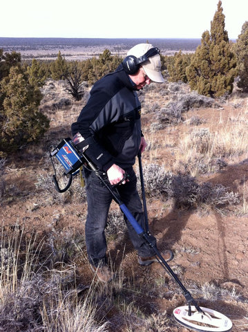 Mark Belda metal detecting in eastern Oregon with a Minelab GPX 5000