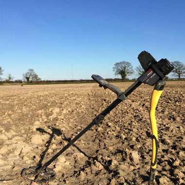 Finding treasure with the Minelab CTX 3030