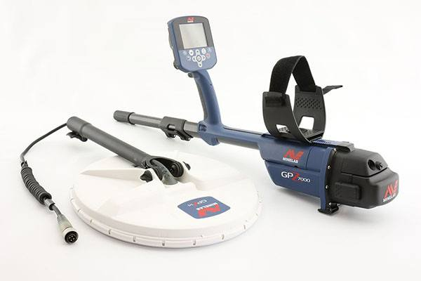 Minelab GPZ 7000 Metal Detector disassembled