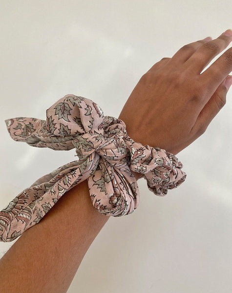 Tie Scrunchie | Meadow Accessories Cleobella