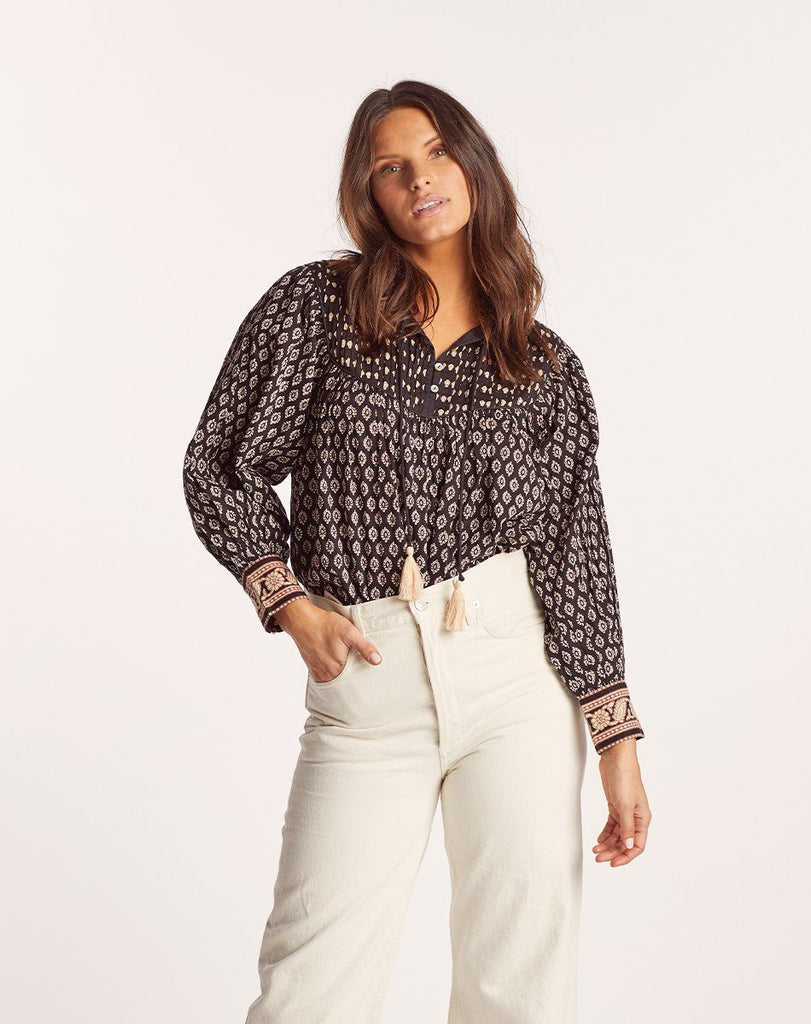 WINTER BLOUSE Tops Cleobella