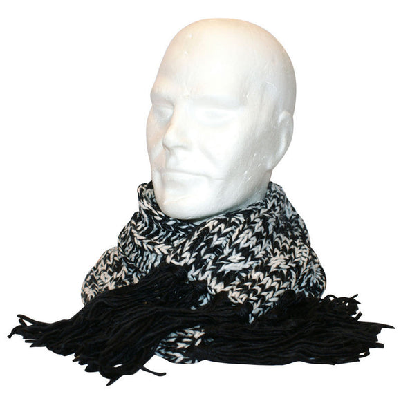 Free Authority Scarf Black-White.