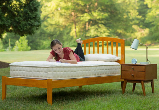 Naturepedic-Verse-Organic-Innerspring-Kids-Mattress-Lifestyle