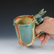 Load image into Gallery viewer, Yellow Salt And Green Rabbit Mug A047