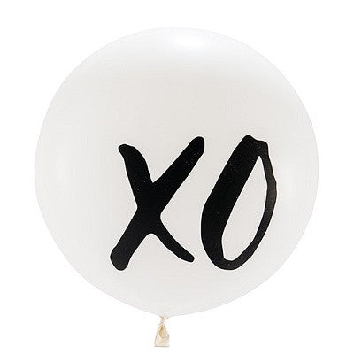 XO White Jumbo Balloon