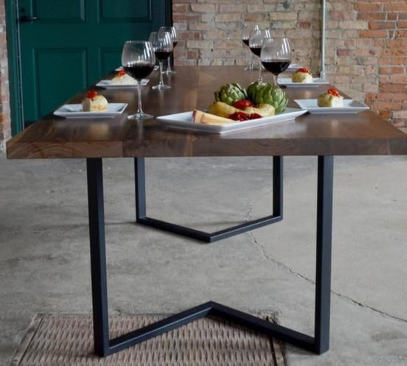 Nemza dinning table