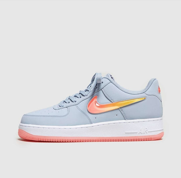 Nike Airforce 1 SE premium Jelly Swoosh-Localizedrsa -Enhance your RSA online shopping experience with localizedrsa, with 10 shopping departments to choose from!-Buy online in South Africa-www.localizedrsa.co.za
