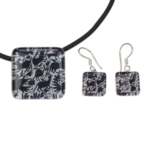 'Tenango Wonder' Black and White Artisan Crafted Art Glass Jewelry Set