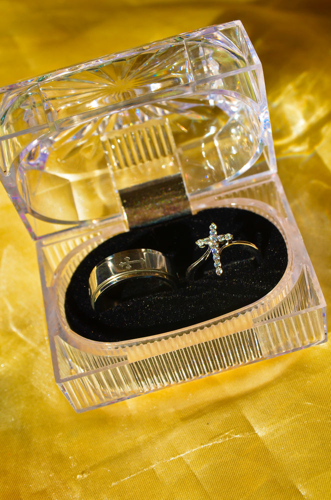 Load image into Gallery viewer, CROSS PROMISE RING SET