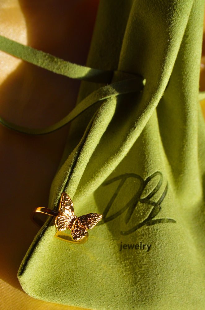 Load image into Gallery viewer, BUTTERFLY RING- GOLD FILLED