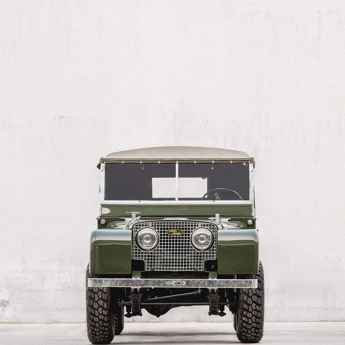Land Rover Defender restorers you should be following