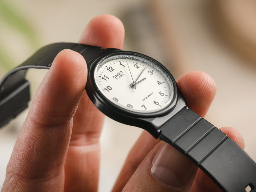 can you fix stratched watch glass?
