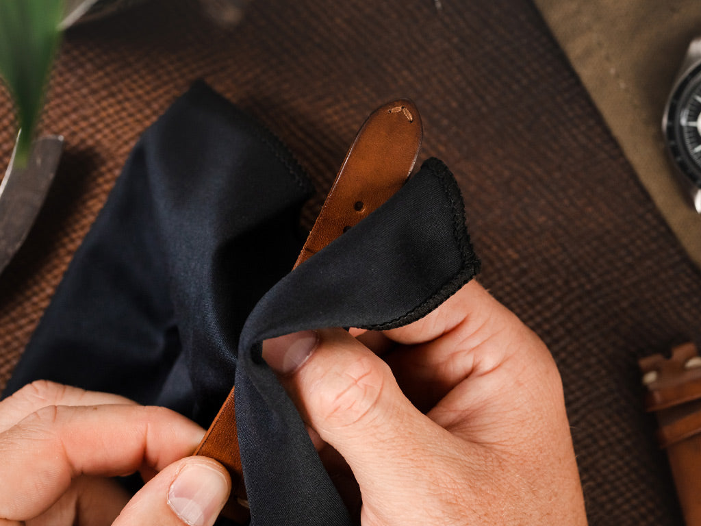 Cleaning a leather watch strap