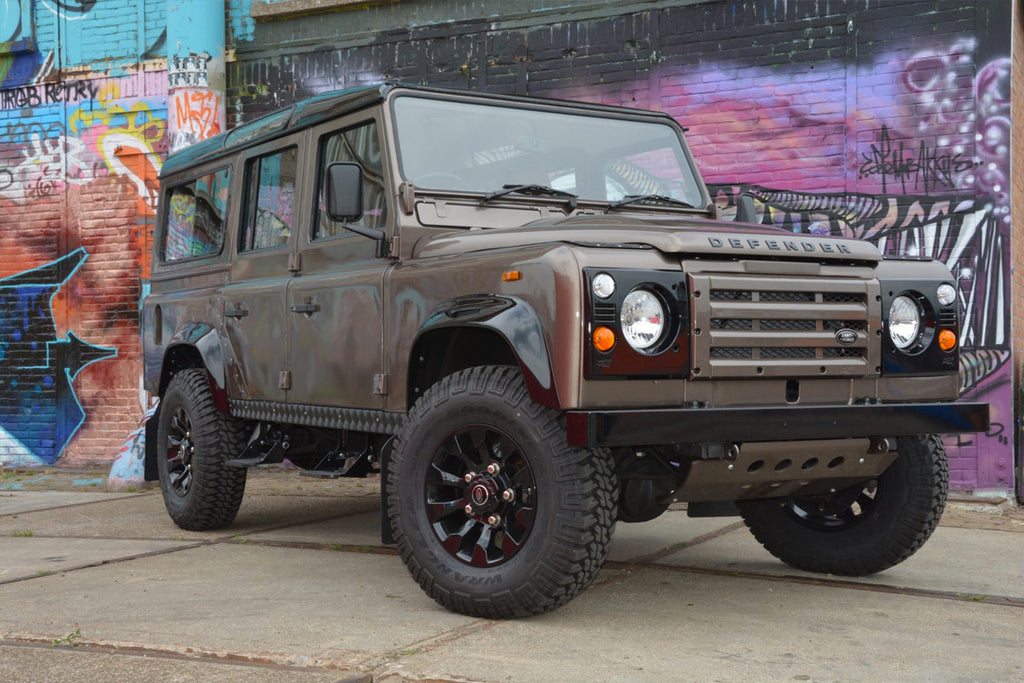 Modified Land Rover Defender with 640 bhp