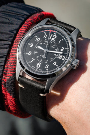 Load image into Gallery viewer, Hirsch Ranger Retro Leather Parallel Watch Strap in Black (Promo Photo & Wrist Shot)