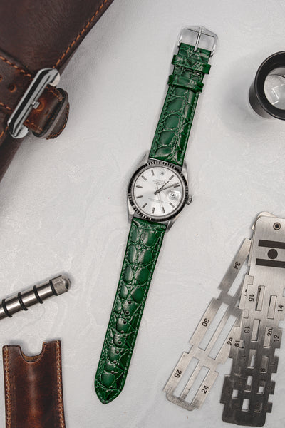 Hirsch Crocograin Crocodile-Embossed Leather Watch Strap in Green (Promo Photo)