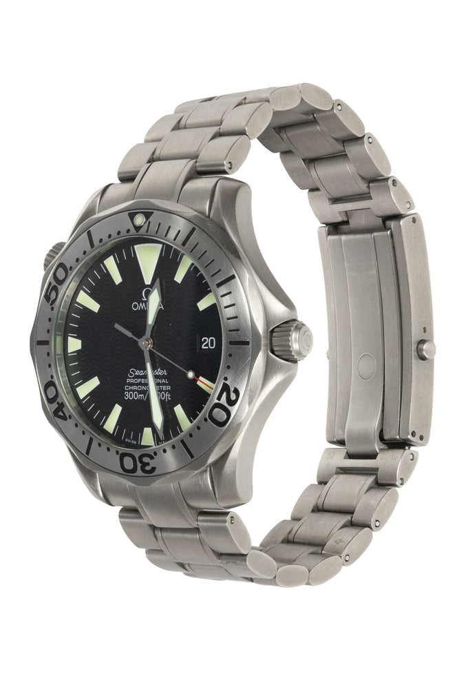 Load image into Gallery viewer, OMEGA 2231.50.00 Seamaster 300M Titanium Chronometer - Black Dial