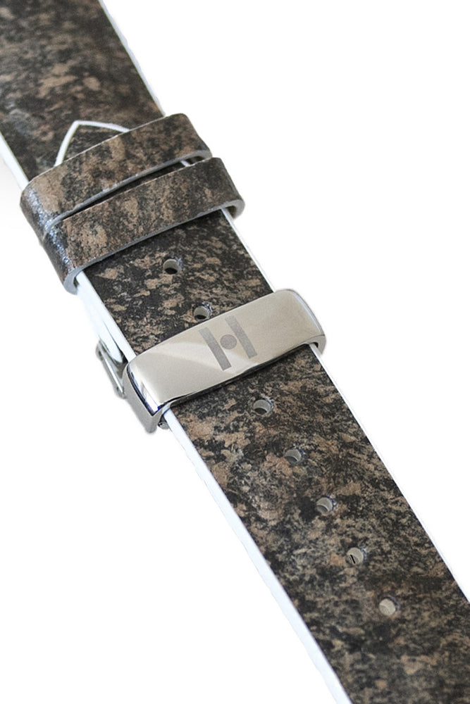 Hirsch Stone Split Shale Rock Effect Performance Watch Strap in Grey with White Rubber Underside (Clasp Detail)