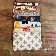 Load image into Gallery viewer, Small Notions Pouch / Coin Purse London sights