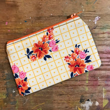 Load image into Gallery viewer, Small Notions Pouch / Coin Purse Retro Yellow and Orange Flowers