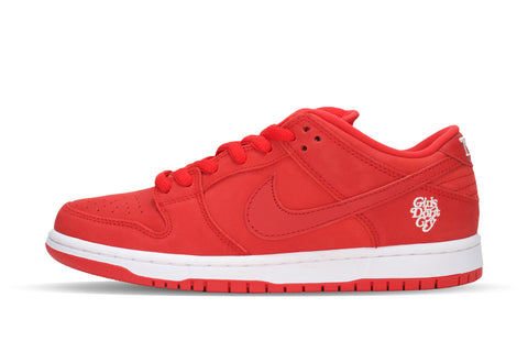 "Nike SB Dunk Low Pro QS ""GIRLS DONT CRY/RED"""