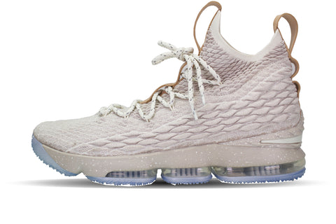 sneakers for cheap 3bbc1 a09e7 Nike LeBron 15