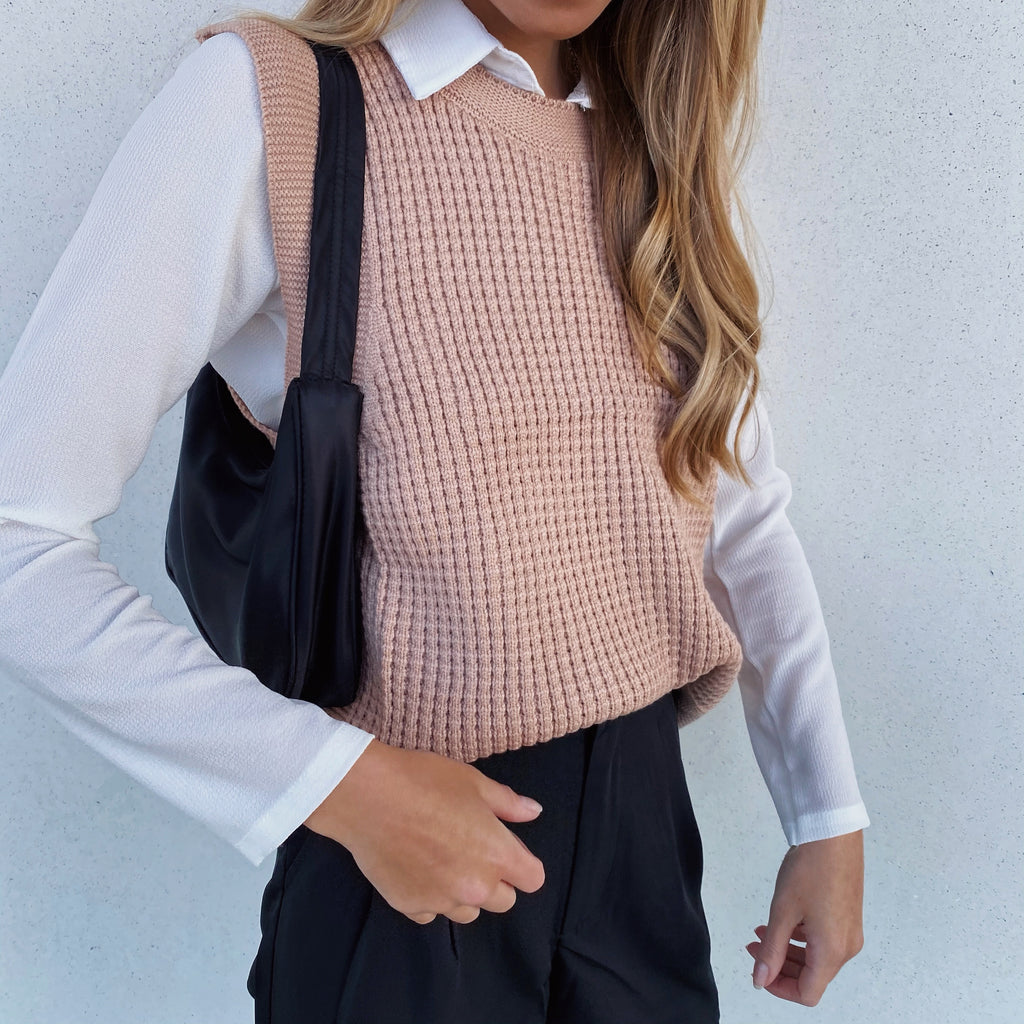 THE WAFFLE KNIT VEST - Mocha - FLXNfashion