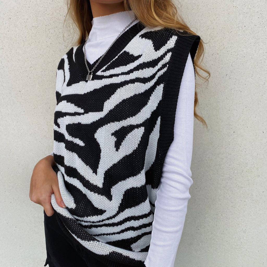 Zebra Heavy Knit Vest - FLXNfashion