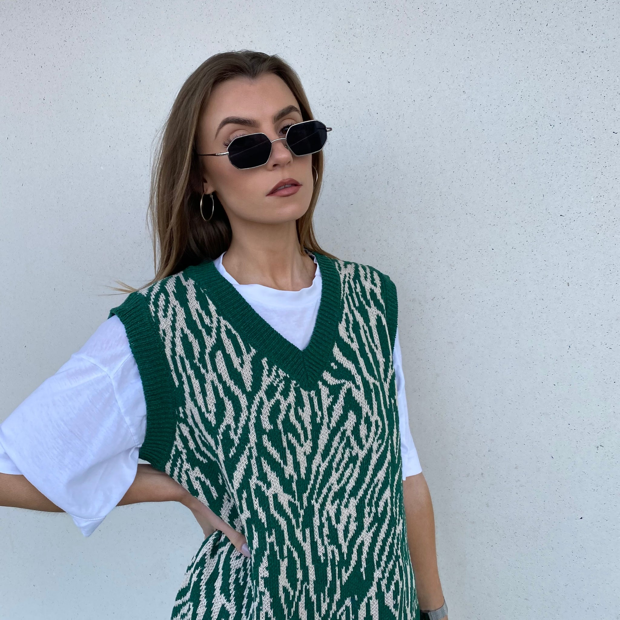 Green Zebra Heavy Knit Vest - FLXNfashion