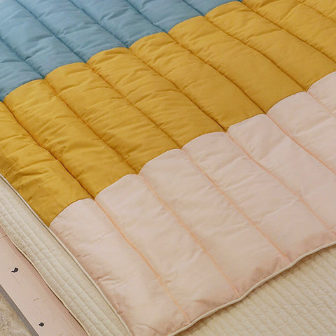 3 Colors Stripe Pad