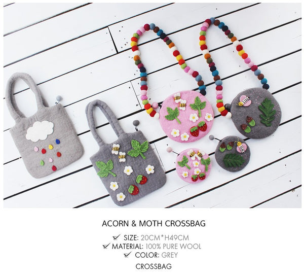 Acorn & Moth Crossbag