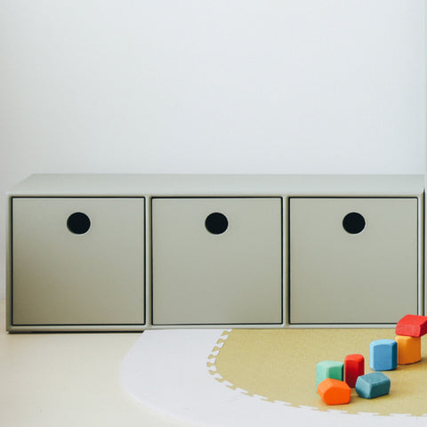 Bench Round Drawers