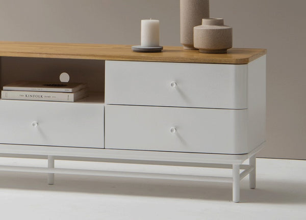 Kuss Table Cabinet
