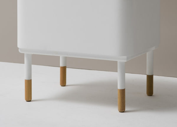 Kuss Cabinet Stool (accept pre-order)