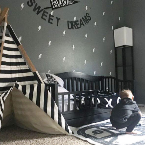 Easy Wall Sticker - Lightning (Black OR White)