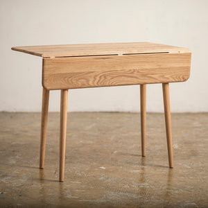 Retro Folding Table Oak (accept pre-order)