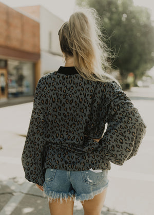 Living For Leopard Top