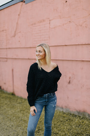 Lila Loose Knit Black Sweater