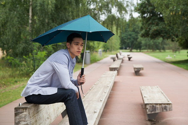 Windproof technology meets stormproof fashion | Meet Senz Umbrellas