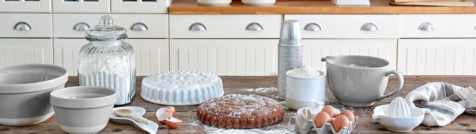Casafina Kitchenware, Cookware, and Bakeware available at Sportique.com