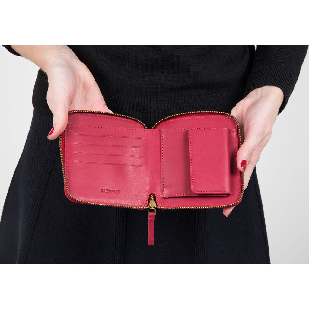 Sandqvist Ika Limited Edition Wallet | Cherry Red