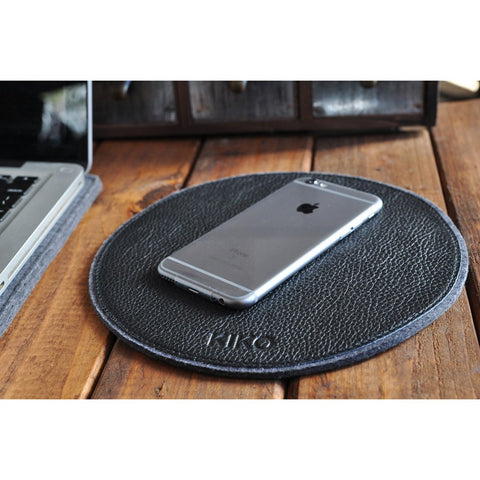 Kiko Leather Tech Pad | Black 215